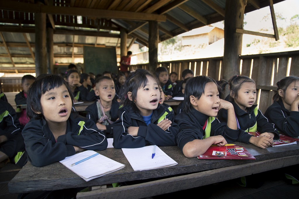 Refugee children learning at Compassion project in Thailand