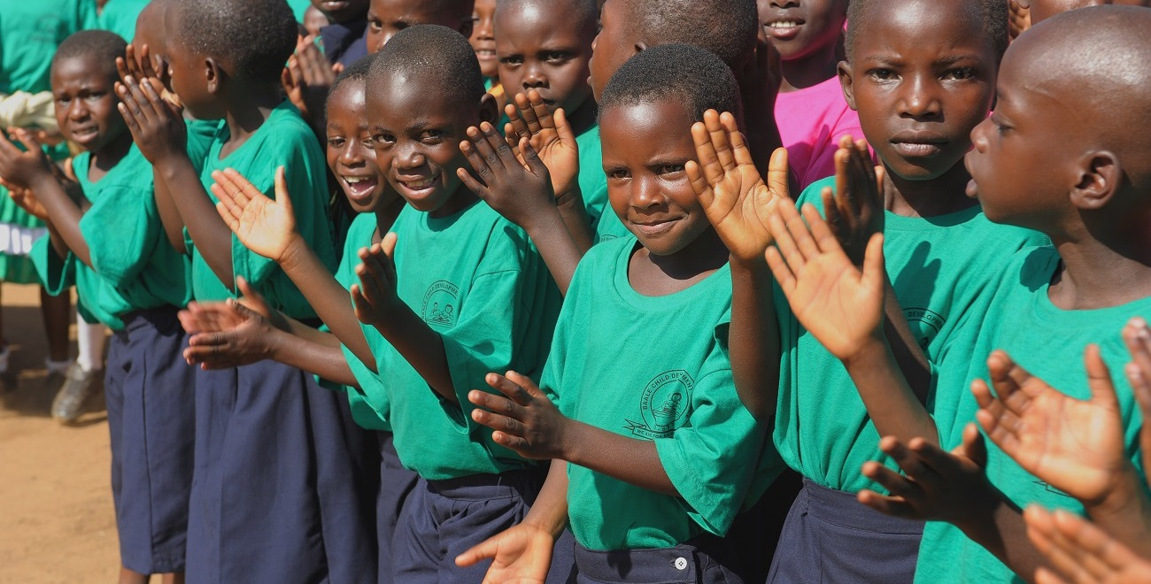 Children clapping in Uganda