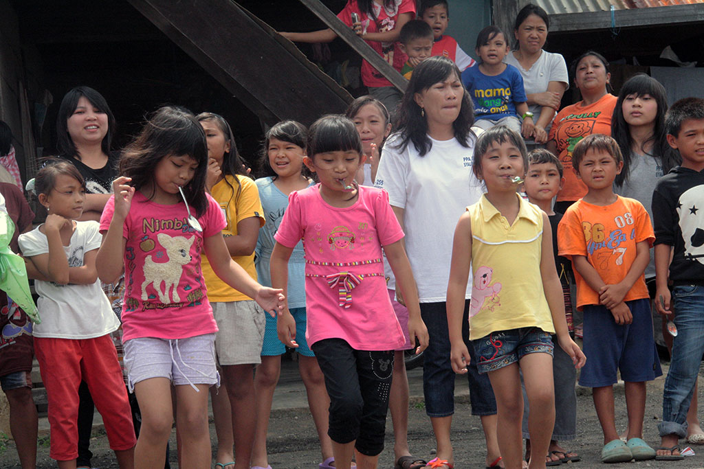 Egg and spoon race in Indonesia