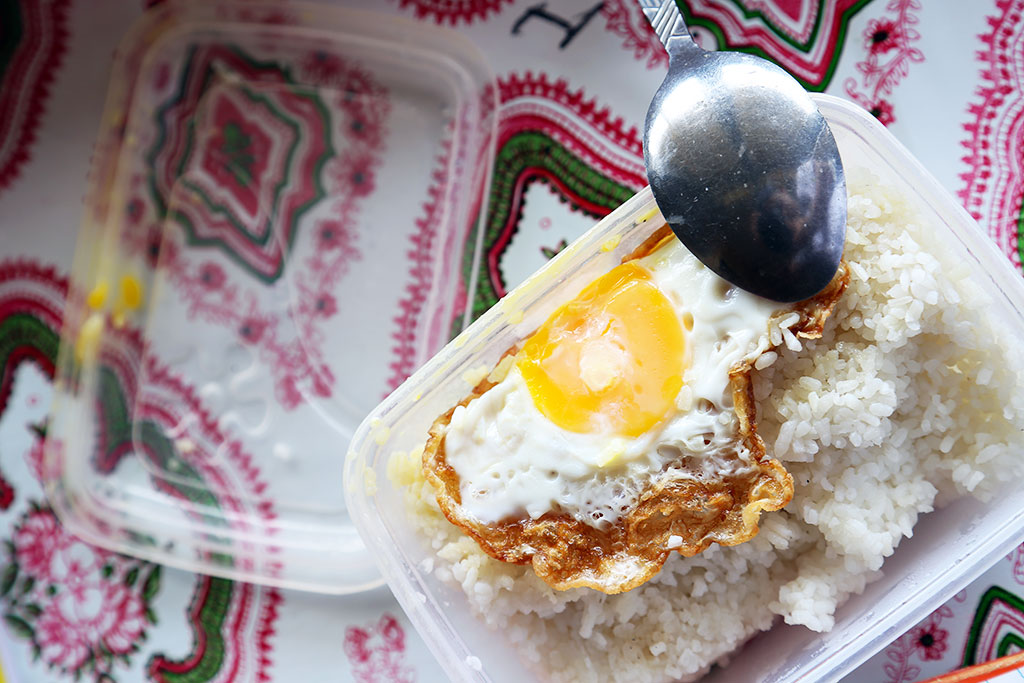 Egg packed lunch in the Philippines