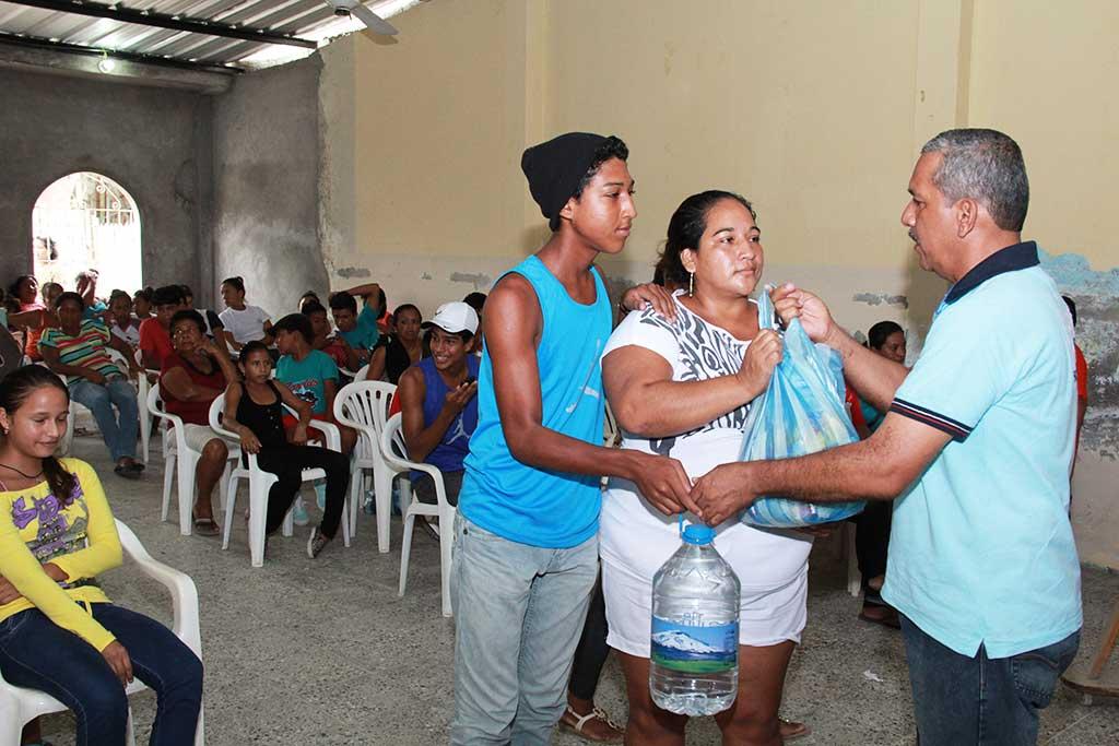 Distributing safe water supplies in Ecuador