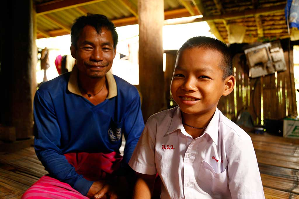 Songwut and his father in Thailand