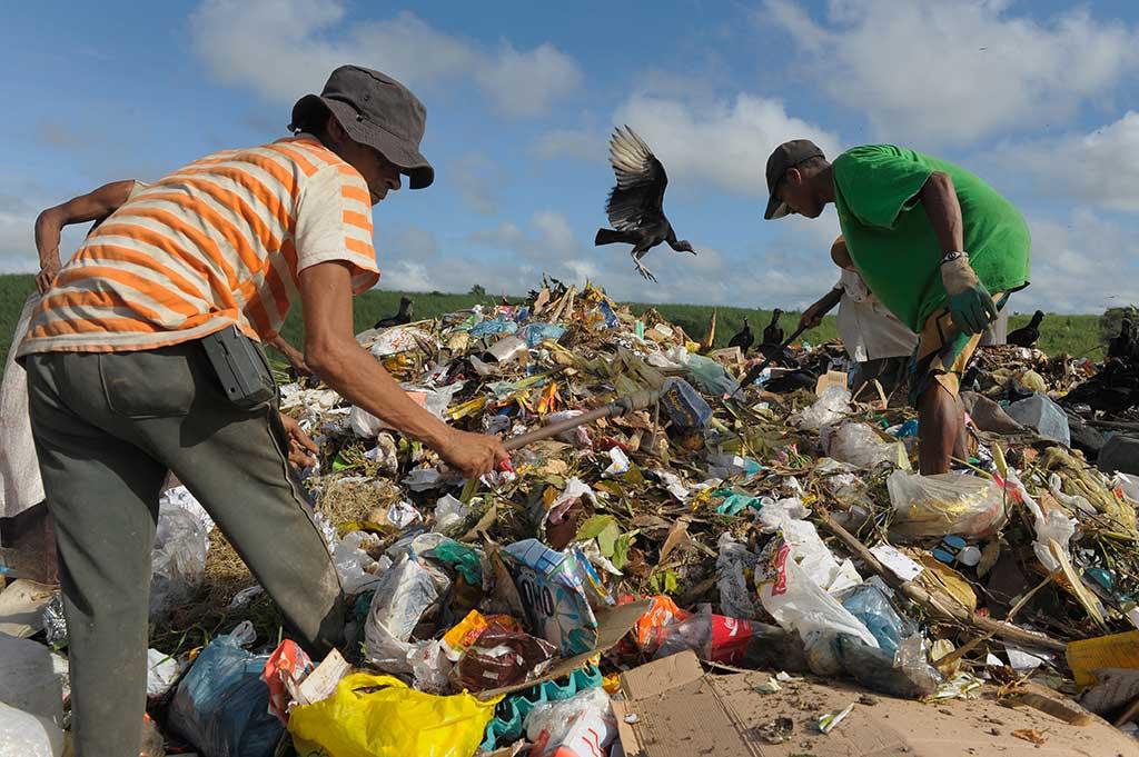 Rubbish dump in Brazil