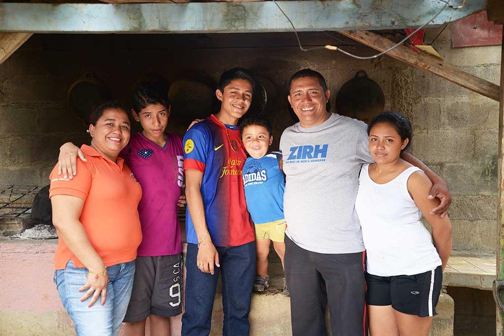 Walberto and his family