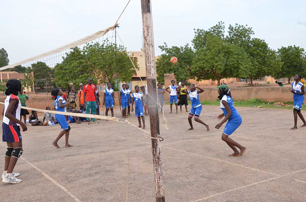 Playing volleyball in Burkina Faso