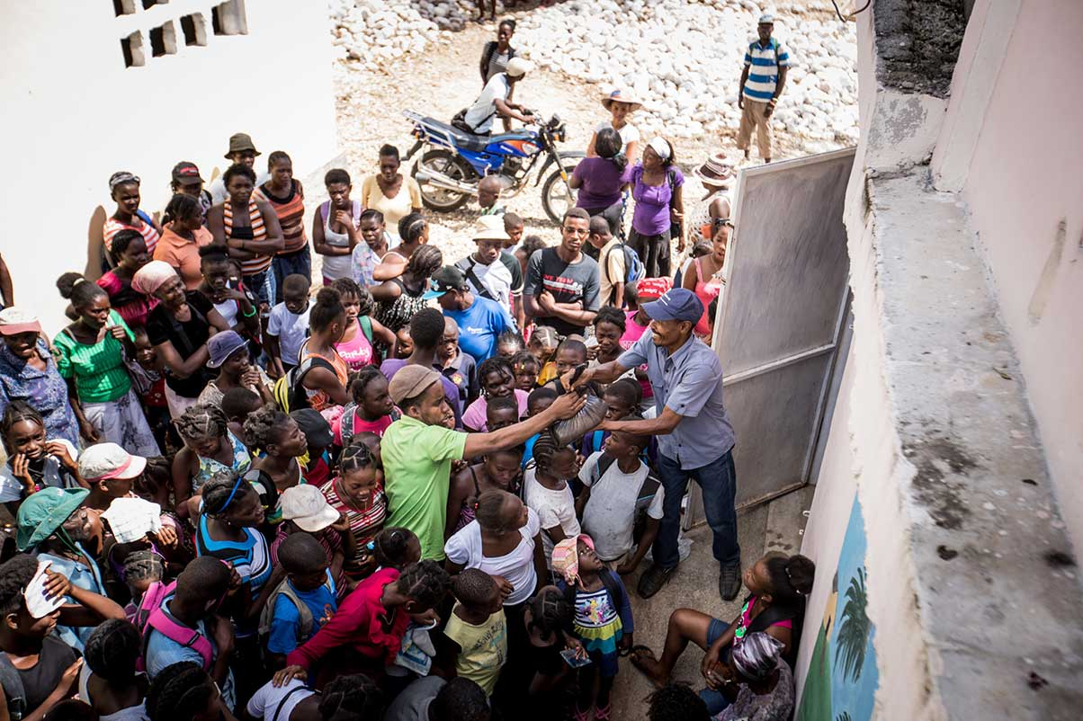 Food distribution in Haiti
