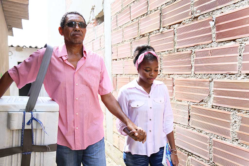 Father and daughter in Colombia