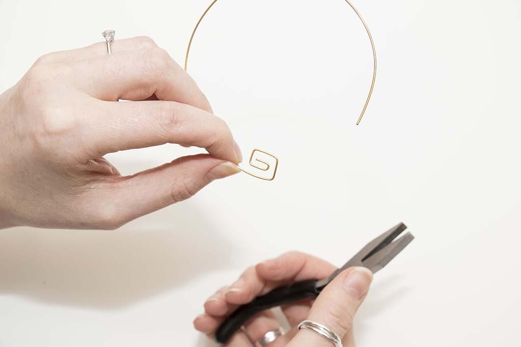 Shaping a bangle