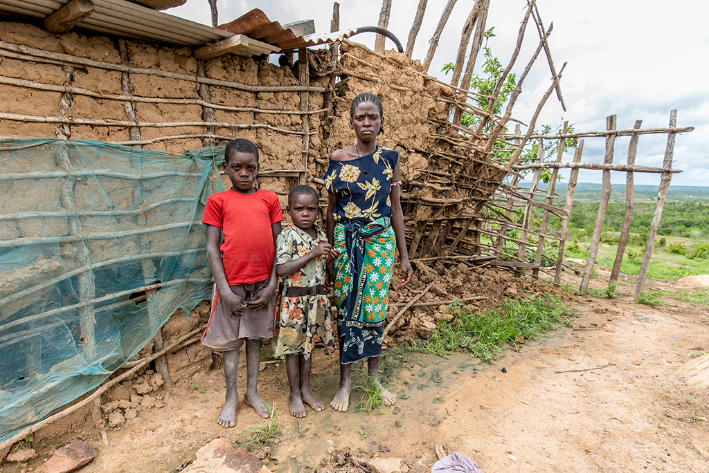 family after kenyan floods